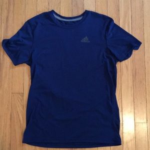 Men's Adidas Ultimate Tee. Size small.